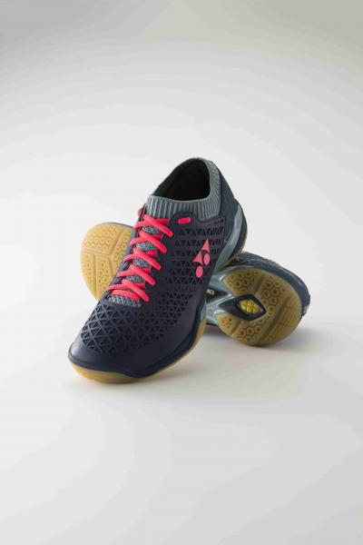 Yonex Power Cushion Eclipsion ZW_Perspektive